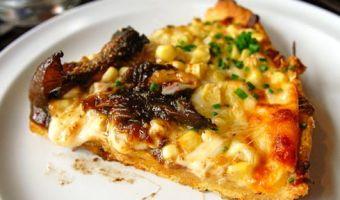 cornmeal crust pizza in arcadia